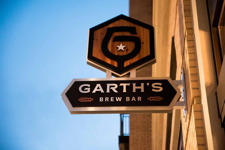 Garth's Brew Bar Sign